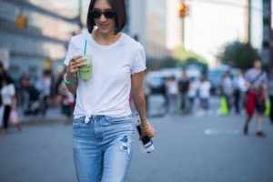 knotted t shirt fashionable college outfit